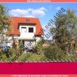 Kauf -- Reihenhaus + mit Stellplätzen + Terrasse und kleinen Garten