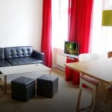Geräumiges Zweizimmer-Apartment im Seitenflügel