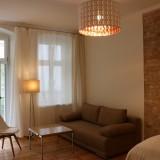TOP Studio Apartment, Bestlage im Prenzleuer Berg -Winz-Kiez-, große Terrasse, schöner berliner Altbau, Dielenboden + hohe Altbaudecken