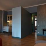 Großzügiges Zwei-Zimmer-Apartment mit Balkon